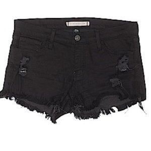 Black distressed shorts